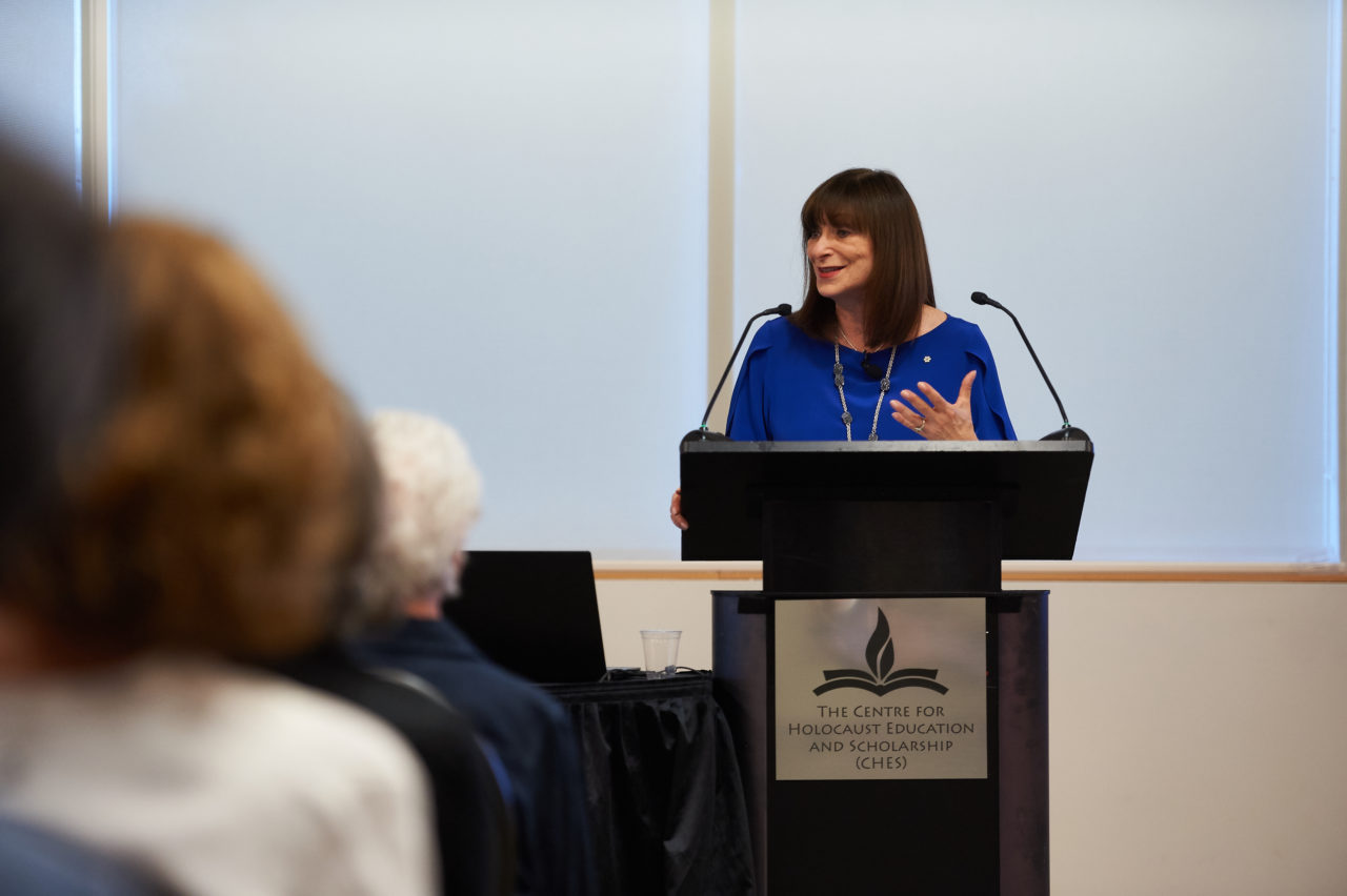 Jeanne Beker An Award Winning Novelist Journalist Television Personality And Fashion Editor Spoke At Carleton On June 11 About Her Parents