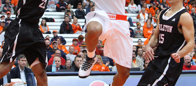 Ravens Men S Basketball Team Falls To Syracuse In The Carrier Dome